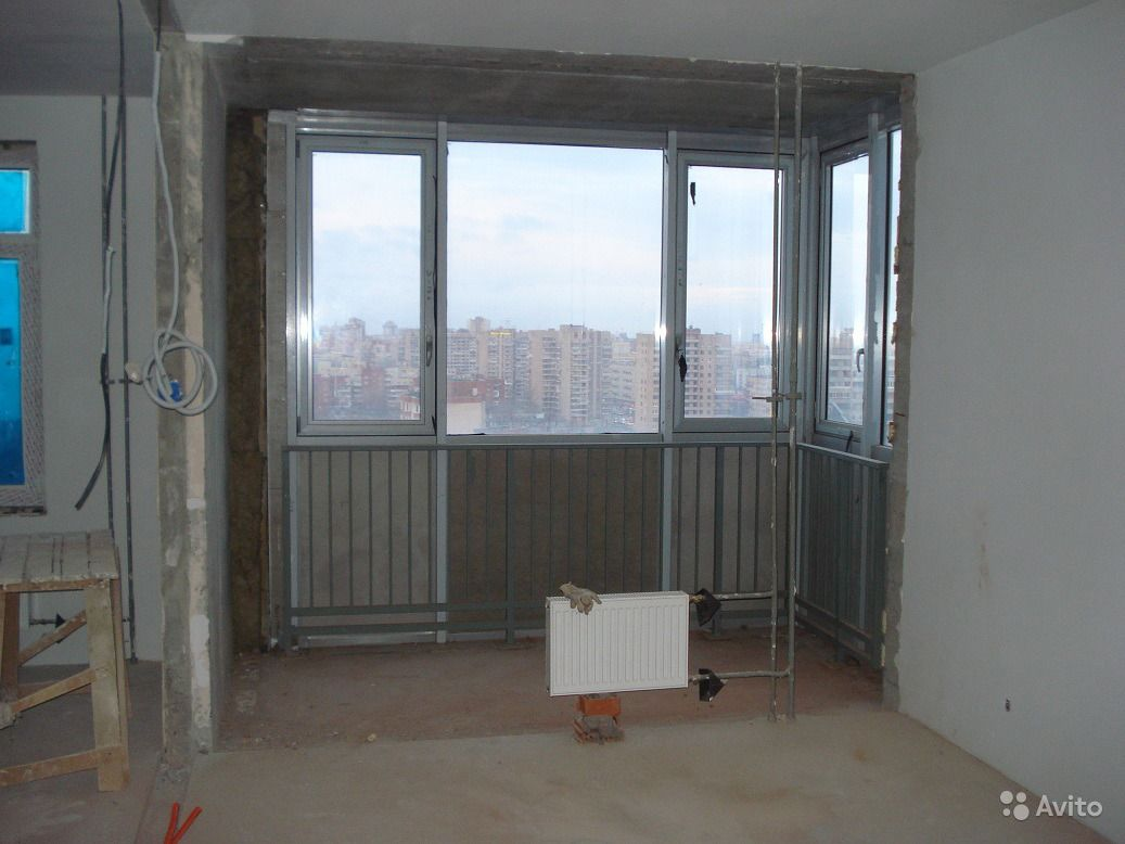Перегородки между кухней и балконом..