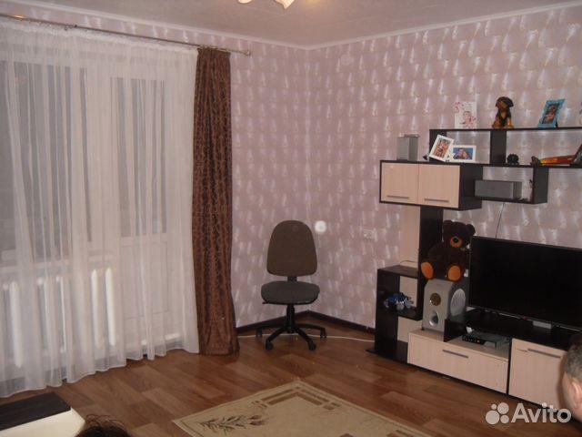 Продается двухкомнатная квартира за 700 000 рублей. п.Кварцитный д 22.