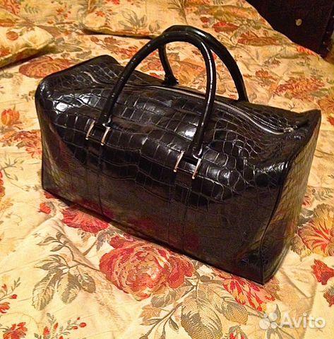 Женские сумки и клатчи из кожи крокодила, каймана