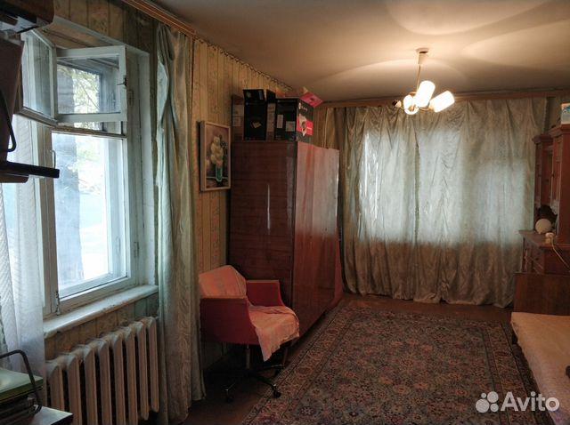 Продается трехкомнатная квартира за 1 400 000 рублей. Саратов, улица имени С.Ф. Тархова, 23.