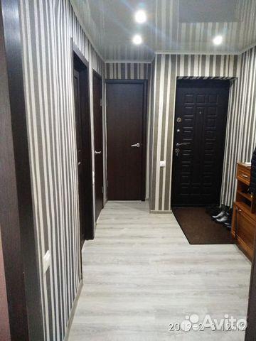 Продается трехкомнатная квартира за 2 500 000 рублей. Михайловка, Волгоградская область, улица Обороны.