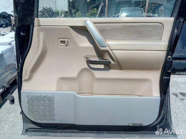 89026196331 Обшивка двери передняя правая Nissan Armada VK56DE