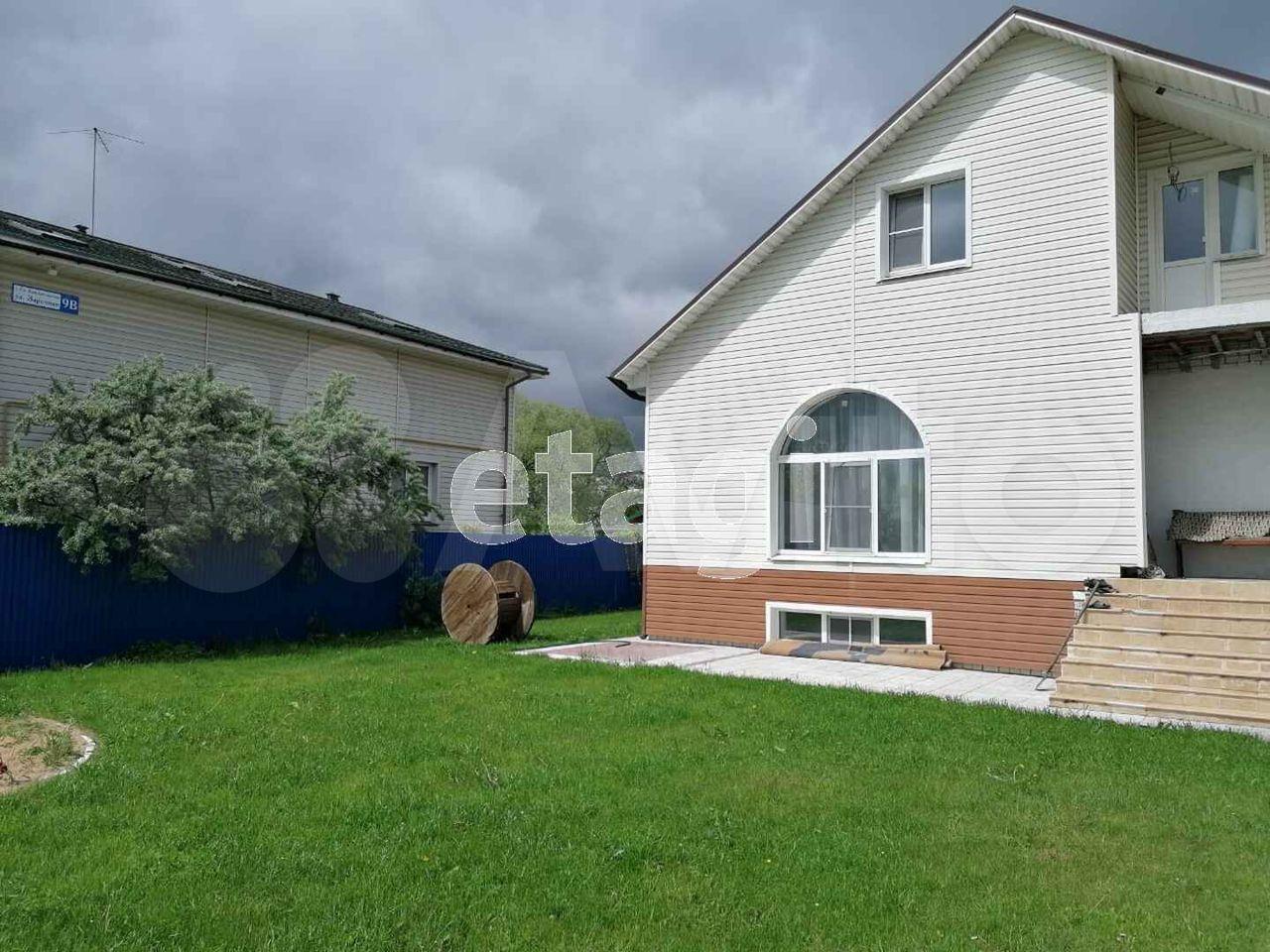 Дом 292 м² на участке 9.8 сот.