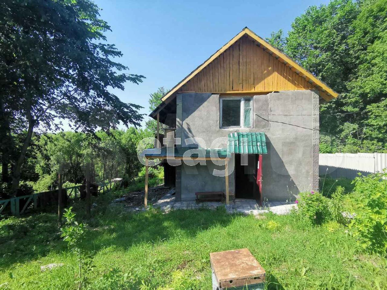 House of 150 m2 on plot 6 hundred.  89610020640 buy 10